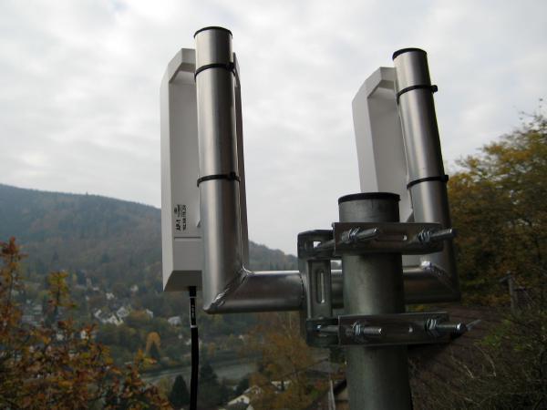 WiFi antenna pole